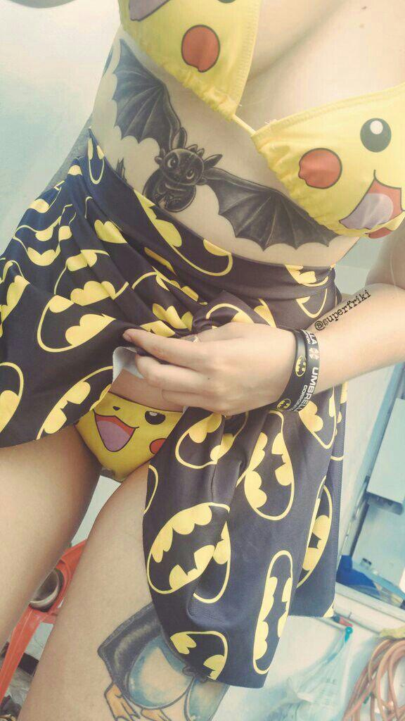 outfitBatman vs Pikachu